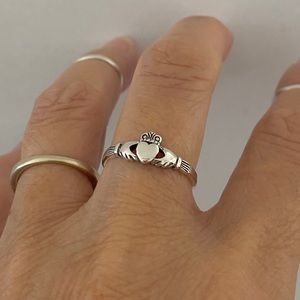 💕TOP SELLER💕 Sterling Silver Small Claddagh Ring